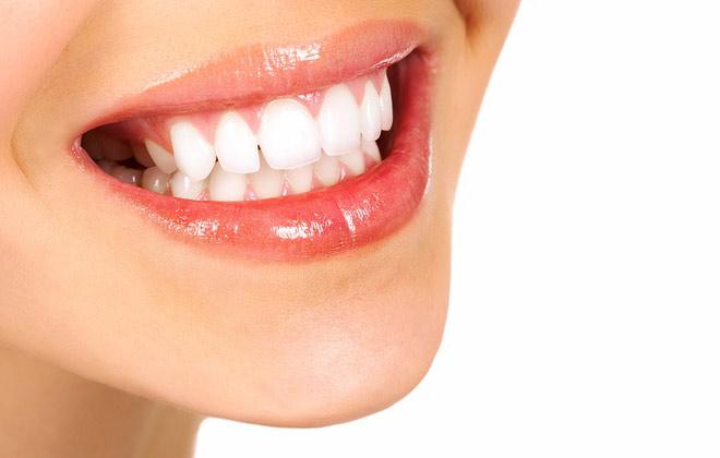 Imagine cupon oferta -  Albeste dintii cu pana la 8 nuante!  Albire dentara profesionala cu Lampa Zoom + Consultatie de specialitate + Plan de tratament + Fluorizare la doar 349 lei, la Estetique One! Cea mai eficienta metoda de albire de pe piata!