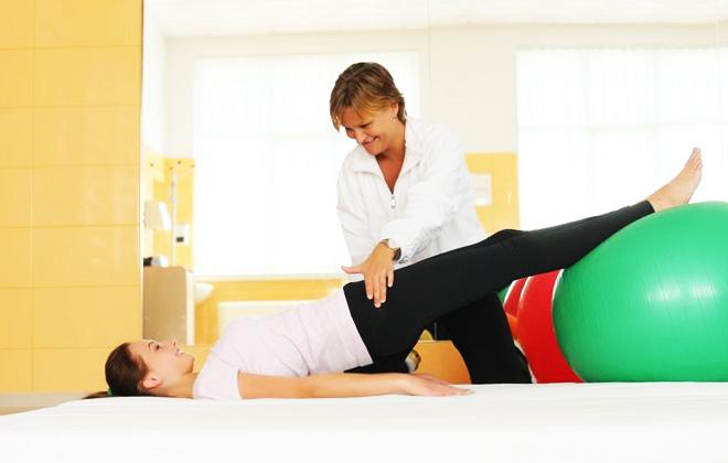Imagine cupon oferta -  Terapie prin miscare si masaj!  10 sedinte de elongatii, masaj si kinetoterapie la doar 1000 lei in loc de 1250 lei, numai la Brotac Medical Center! Alege recuperarea medicala ce nu necesita interventie chirurgicala!